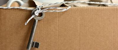 Schlüssel in Umzugskarton